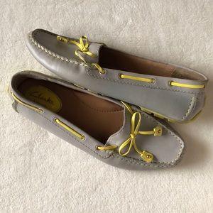 Clarks Dunbar Racer light grey driving loafers 7.5